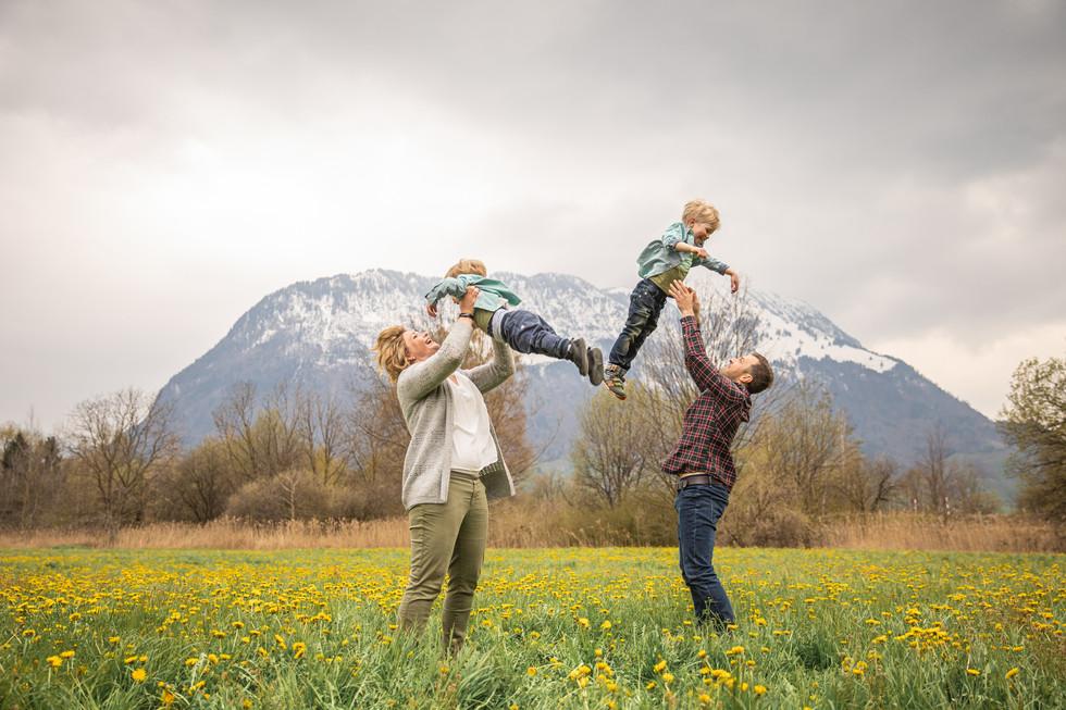 Family Outdoor -210417-8081.jpg