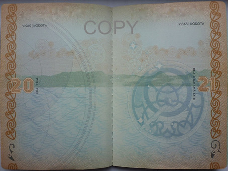 How did an Italian astrolabe end up on the New Zealand passport?