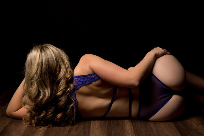 boudoir pictures.jpg