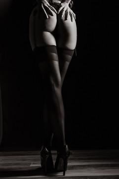 bw-boudoir-pic.jpg