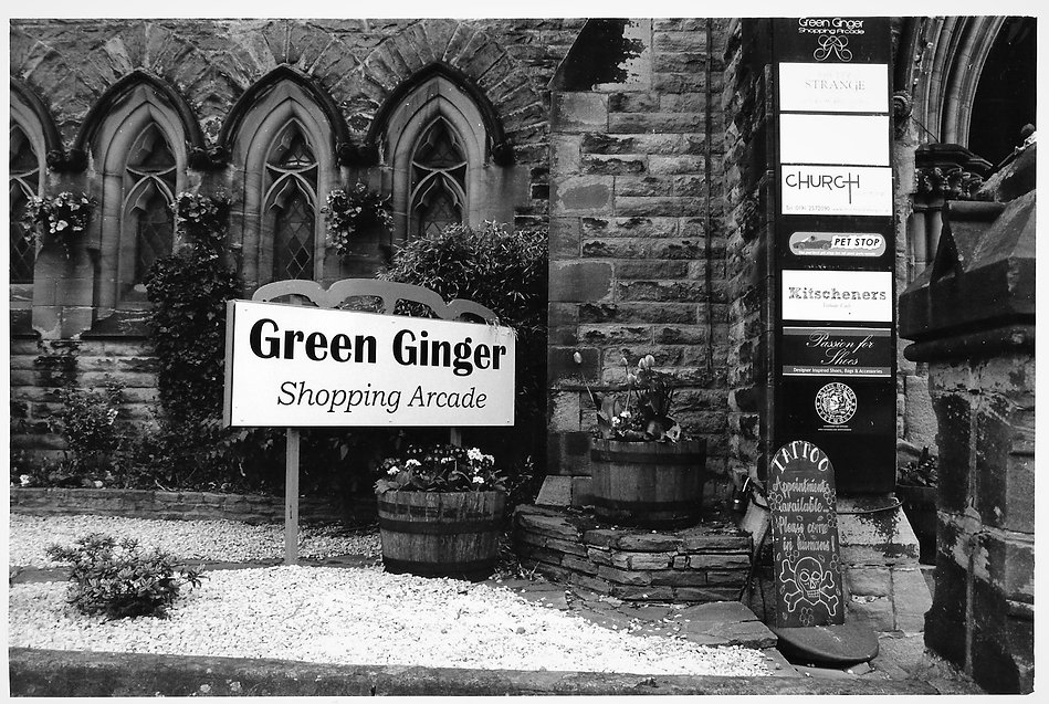 Tynemouth, Green Ginger, street photography, black and white