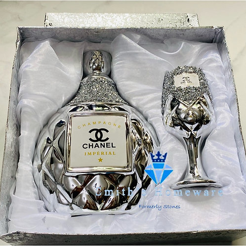 Bottle and glass gift set
