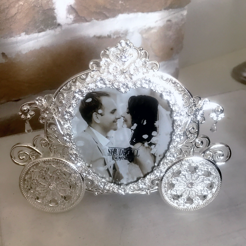 Carriage Photo Frame