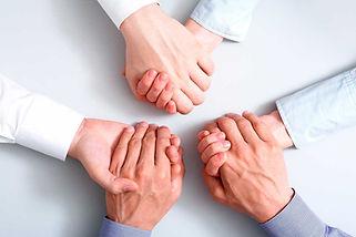 trabalho-pastoral-voce-trabalha-em-equipe-ou-trabalha-junto-paroquias.jpg