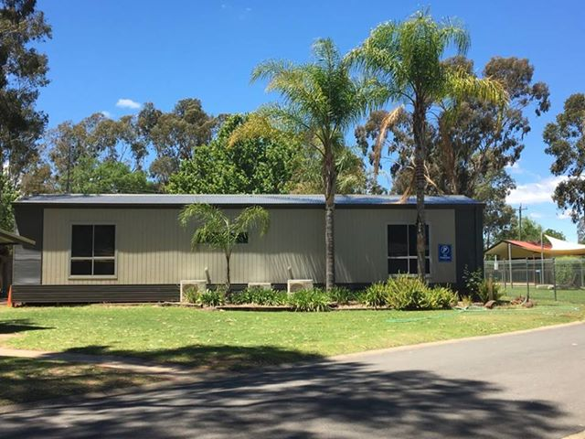 Cabin For Sale Discovery Parks Moama West