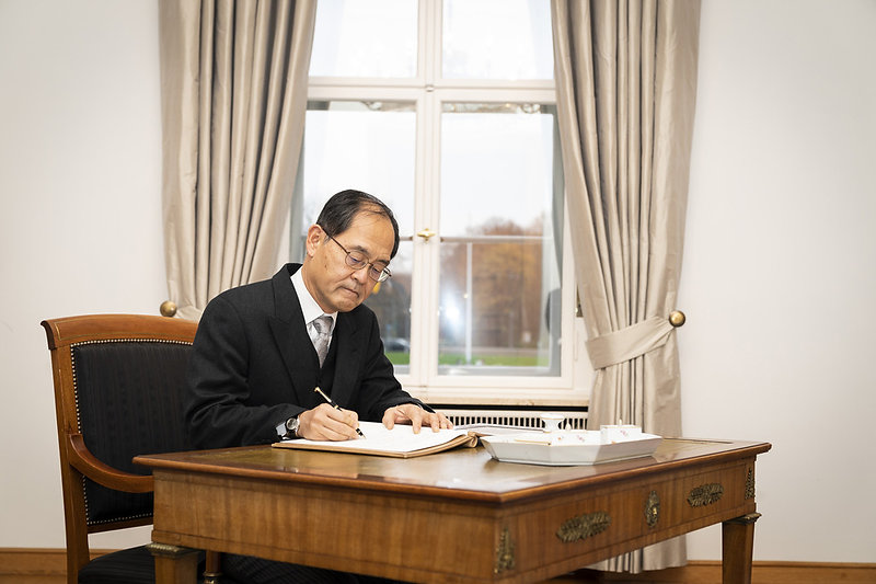 Diplomats_Society_New_Ambassador_Japan_1