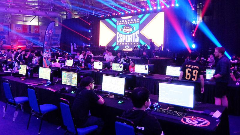 Diplomats_Society_Gaming_03.jpg