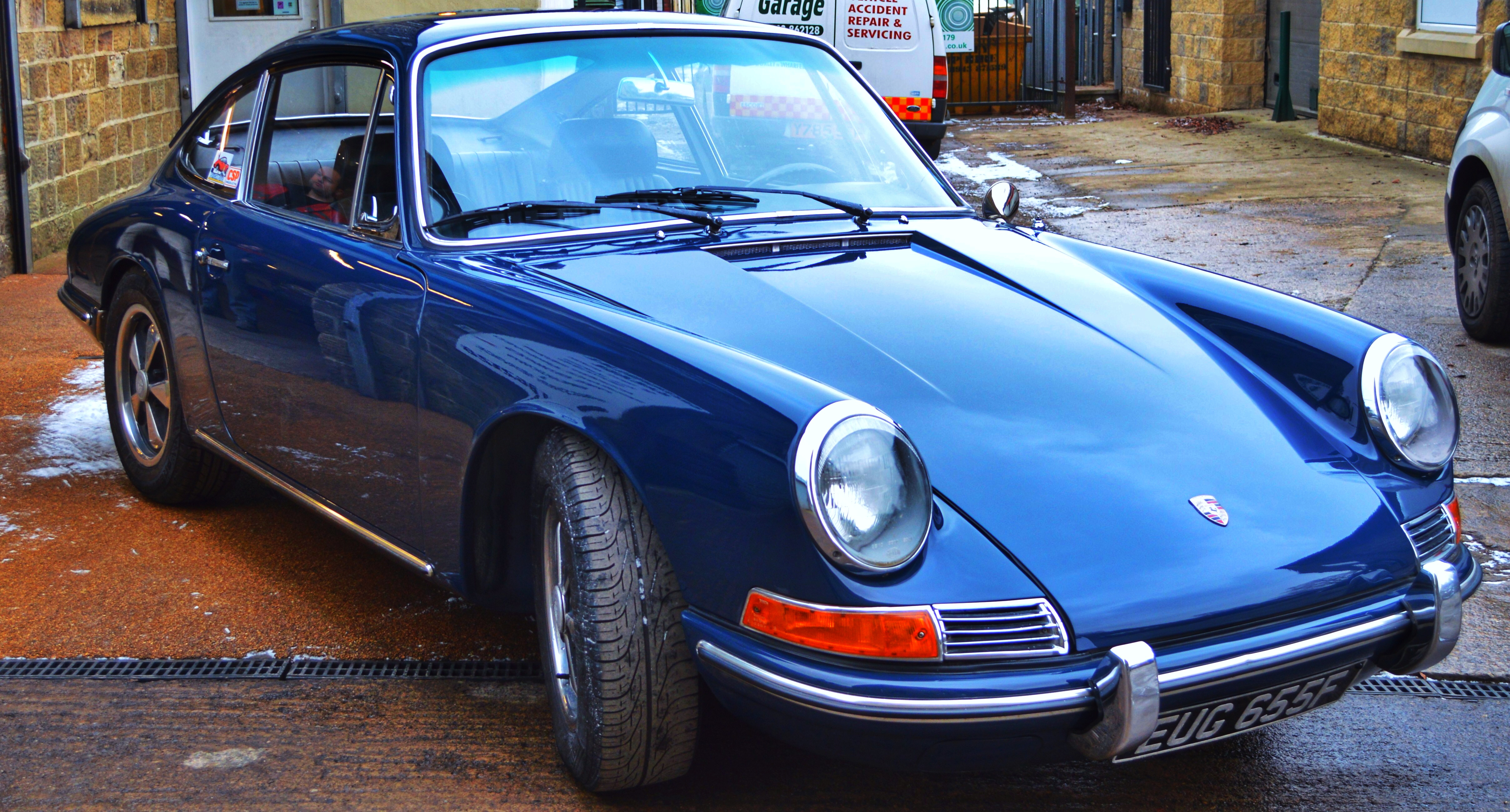 Porsche 912 repaint restoration
