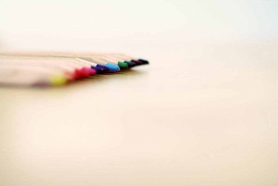 pens-604105_1920.jpg