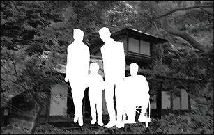 家族写真(光).jpg