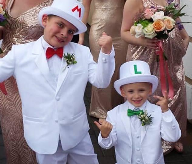 Mario & Luigi striking a pose!