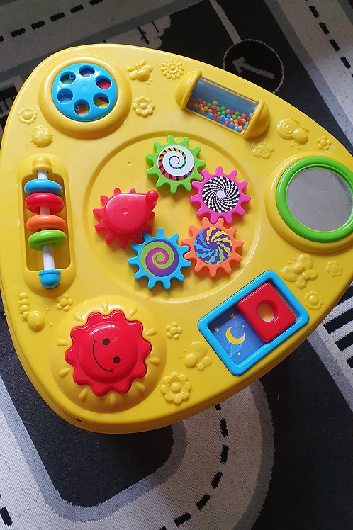 Baby Explorer Table