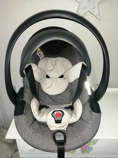 Stokke iZi Go Modular Car Chair