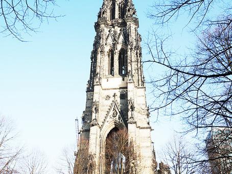 教会塔だけ奇跡的に建ち続ける「聖ニコライ教会跡」