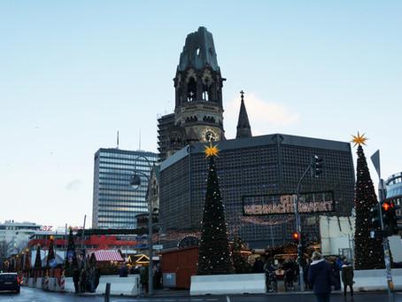 (ベルリンの史跡)先の戦争被害を物語り続ける「カイザー・ヴィルヘルム記念教会」