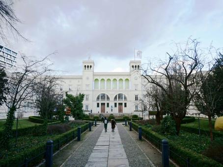 (ベルリンの建築)100年以上も前に駅舎からミュージアムへのコンバージョンが行われた「ハンブルク駅現代美術館」
