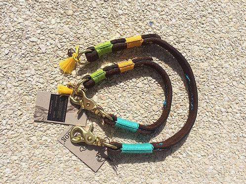 Ecodog Lederhalsband Happy aus Wasserbüffelleder braun mit bunten Hanfgarnwraps - Kläfferkram