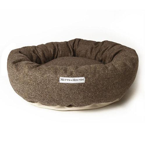 Tweed Hundebett Herringbone von Mutts & Hounds Schweiz Shop I Kläfferkram