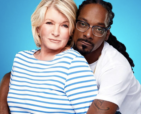 Martha Stewart Tries to Turn Snoop Dogg Vegetarian in 'Potluck Dinner Party' Episode