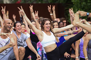 LARGE_NowItsForever_Lieux_SEED_Yoga_Brun