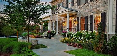 front-yard-flower-beds_edited.jpg
