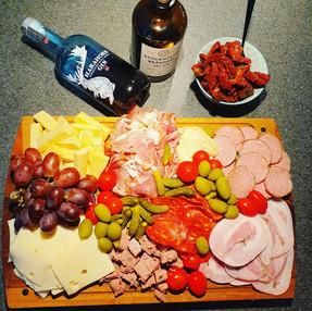 """""""Dansk"""" tapas til ginsmagning. Vi sætter det sammen som i ønsker det."""