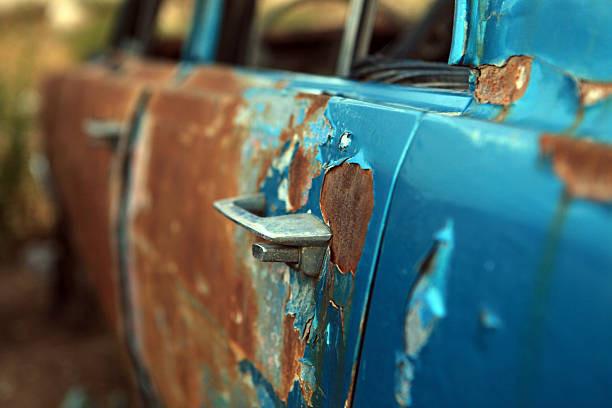 Arthrite ou arthrose - Rouille sur une voiture illustrant la dégénérescence qu'est l'arthrose