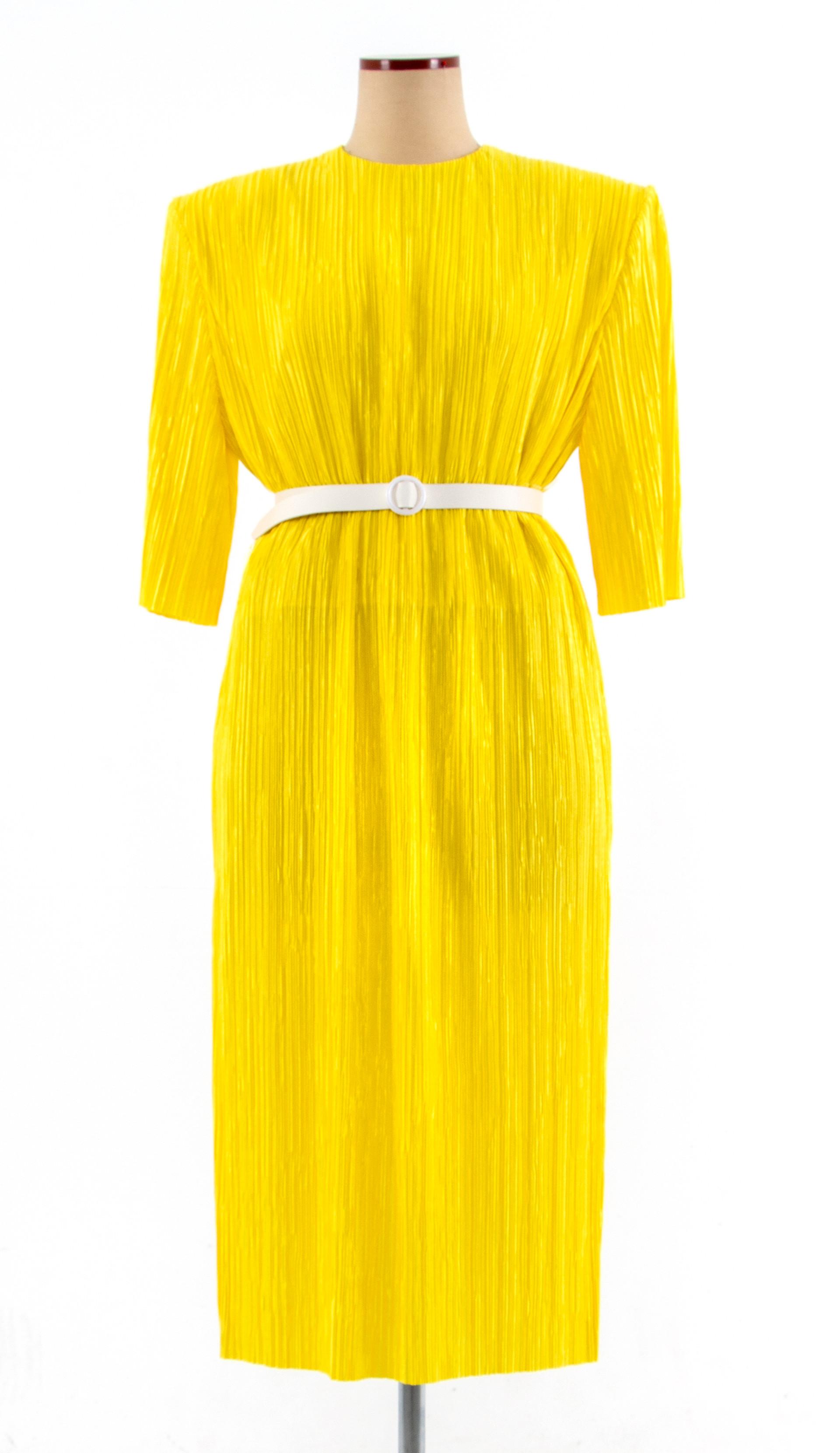 Pleats Dress with unique silhouette