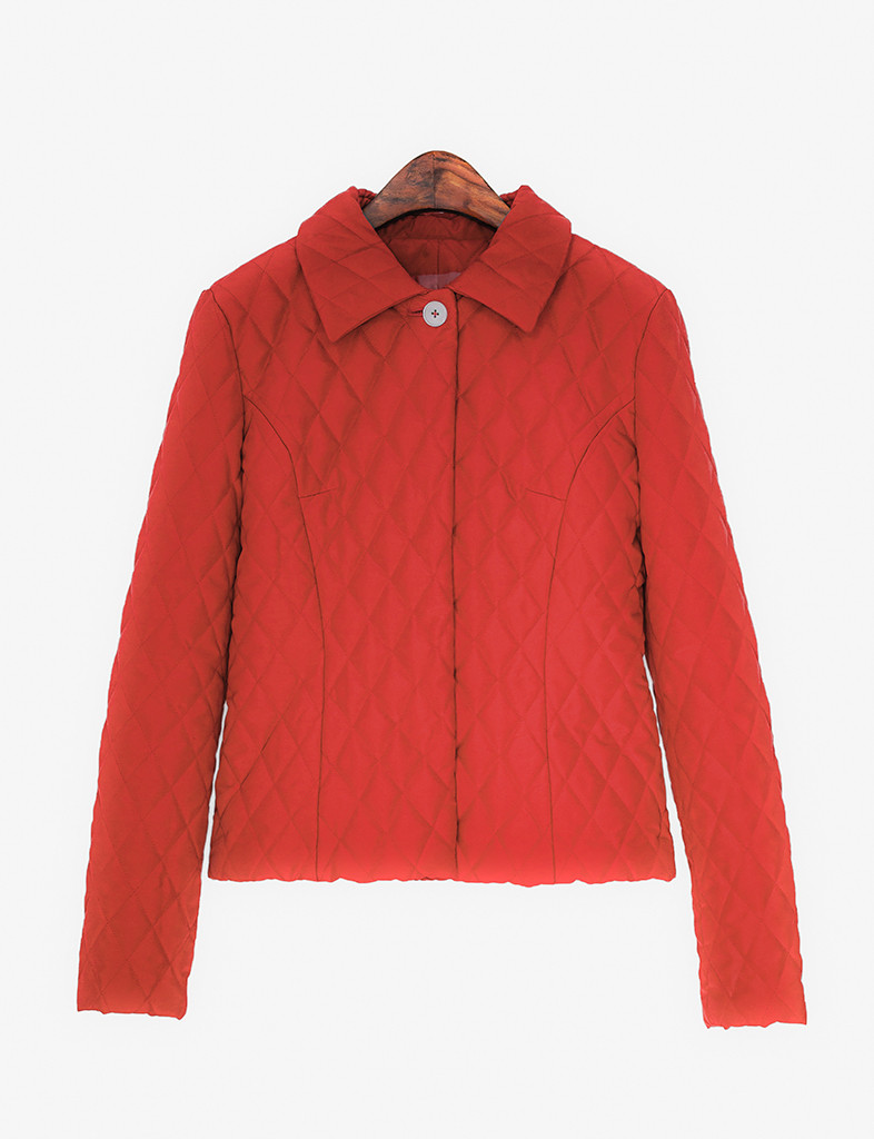 Quilted jacket with feminine silhouette