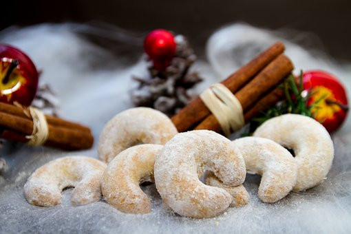 Vanilla Kifli Cookies