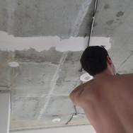 Монтаж потолочных светильников