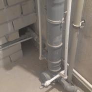 Монтаж стояка канализации
