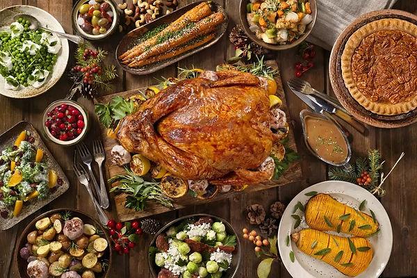 thanksgiving-dinner-dishes-836012728-5bd