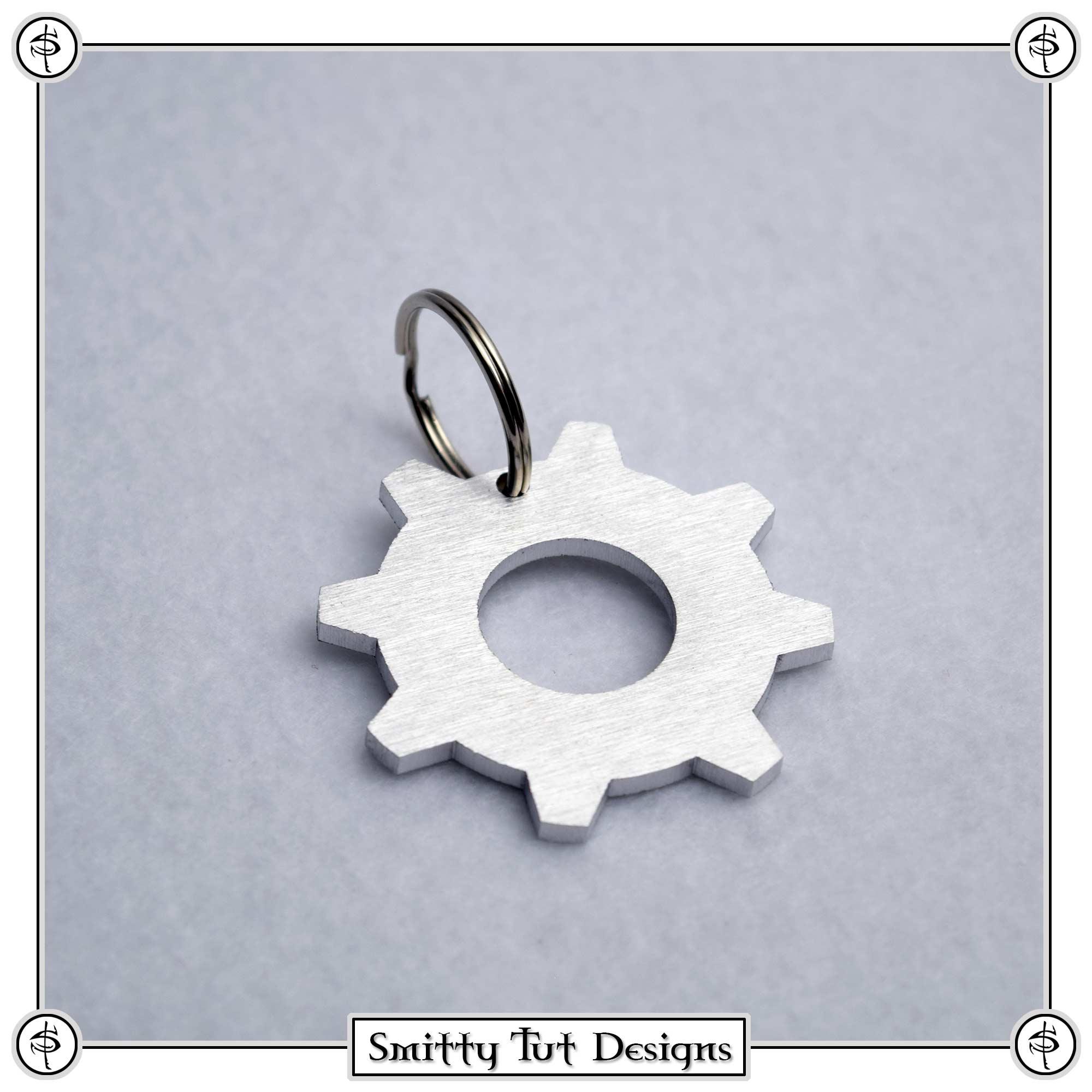 Gears-of-War-Keychain