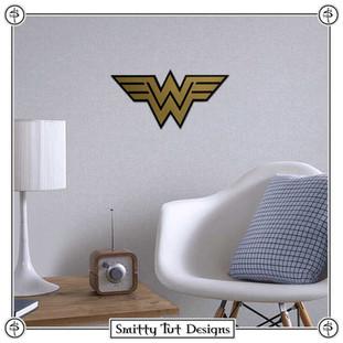 Wonder Woman Metal Wall Plaque!
