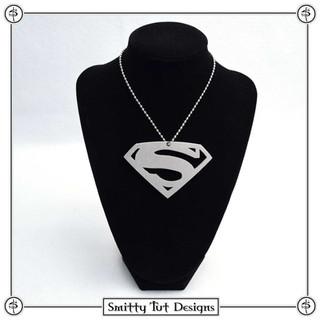 Superman-Necklace.jpg