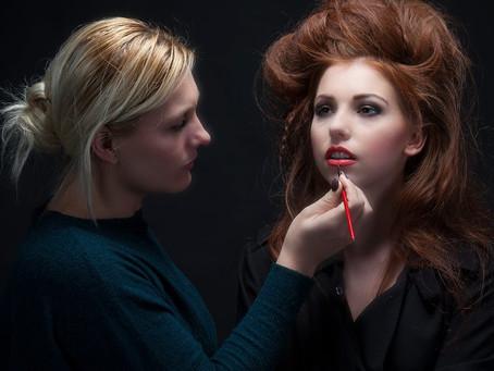 Test welke make-up en haarstyling past bij jou?