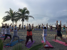 Grupo Retiro Yoga Playa   Centro Holístico   Bambuddha Acapulco
