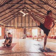 Práctica Yoga   Bambuddha Centro Holístico