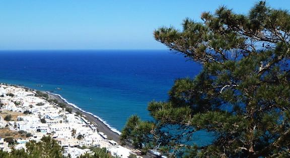 Juodasis Kamari paplūdimys Santorinio saloje