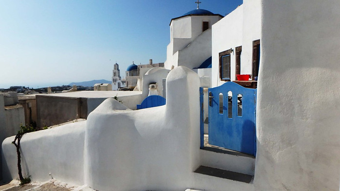 Santorinis, Pirgos: varteliai į namus