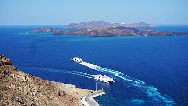 Athinios jūrų uostas Santorinyjr