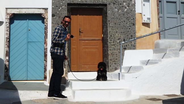 Audrius ir Mimi. Pasivaikščiojimas po Pirgos Santorinyje