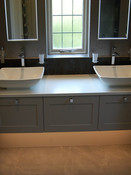 Double sink with solid surface