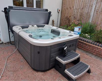 Vortex Neon Hot Tub - Forest Spas
