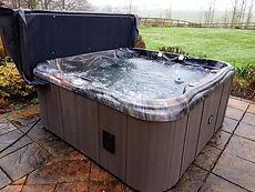 Hot tubs Worcestershire, Hot tubs Kidderminster, Hot tubs Bewdley, Hot tubs Stourport, Hot tubs West Midlands, Hot tubs Birmingham, Hot tubs Hagley, Hot tubs Stourbridge, Hot tubs Midlands,