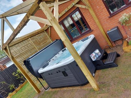 Stourport Vortex Cobalt Hot Tub Installation