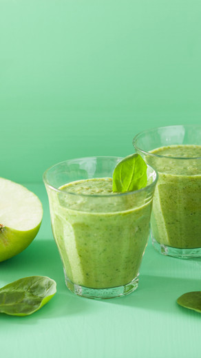 Morning Glow with a Green Smoothie