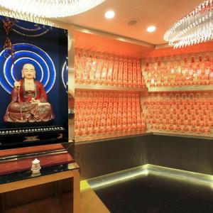 Nirvana Pedestals Suite 12A
