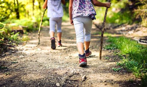 kinderen wandelen.jpg